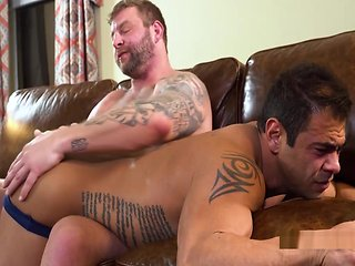 hd Colby Jansen Spanks Draven gay