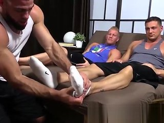 foot fetish Hunky guy get their toes and feet sucked fetish
