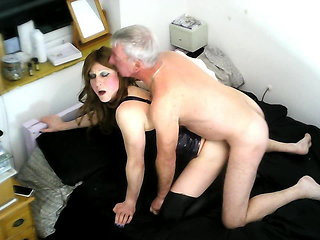 guy fucks shemale (shemale) bareback (shemale)