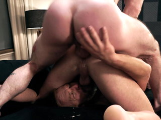 blowjob (gay) Extreme Raunchy Trio Piss Fetish bareback (gay)