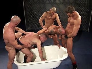 gay Piss Party bdsm