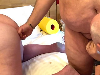 blowjob (gay) 3 chubby Daddys having entertainment bear (gay)